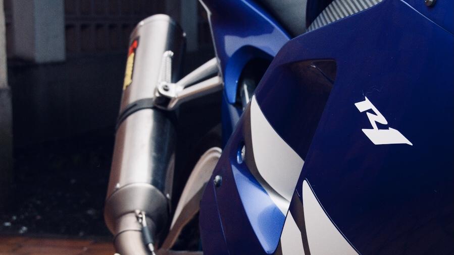 Yamaha R1 : L'amour vache