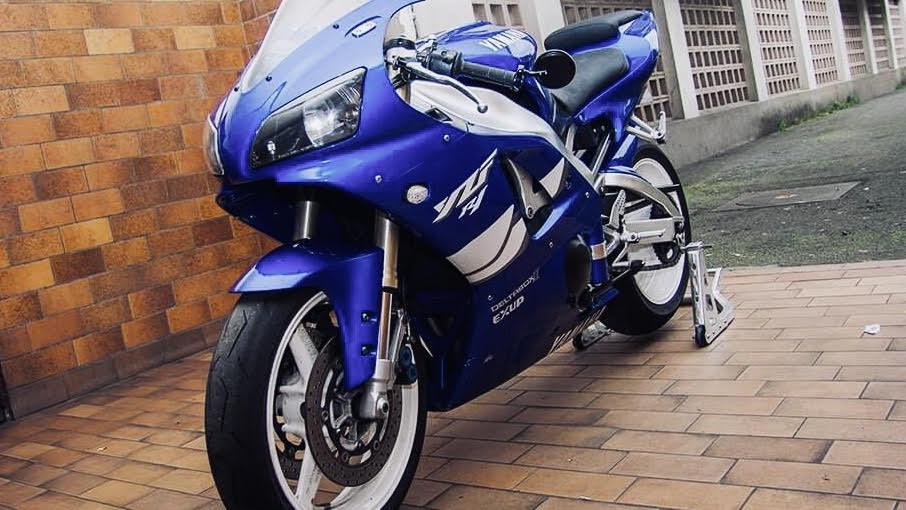 Yamaha R1 : Surprise sur prise (et pas que)